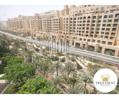 2 Bedroom apartment for sale in Palm Jumeirah Shoreline Apartments