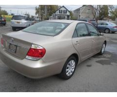 Toyota Camry 2005 for Sale in Sharjah