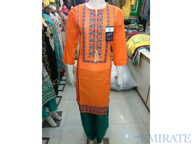 INDIAN / PAKISTANI DESIGNER KURTIS