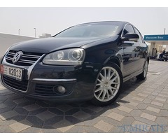 Volkswagen Jetta 2010 for Sale in Abu Dhabi