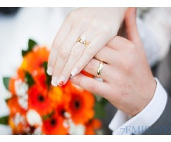 Seeking well settled & educated groom staying in UAE