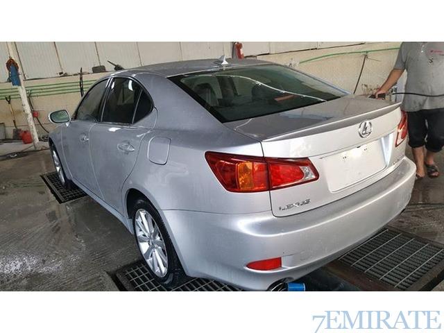 Lexsus Is 250 v6 2009 for Sale in Sharjah