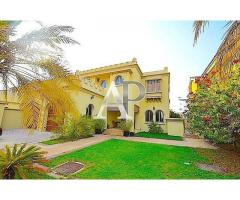 4 Bedroom Villa for Sale at Palm Jumeirah