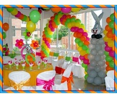 Party master balloon decoration service in Dubai