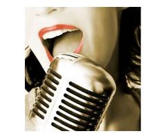 European Female Singing Teacher Available in Dubai
