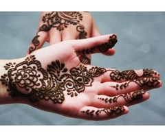 Henna Artist for Events in Abu Dhabi