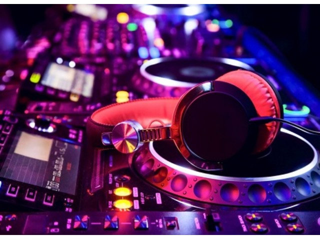 DJs and Sound Setup for Party and Events