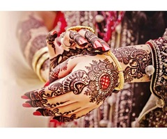 Professional and Experienced Henna Designer
