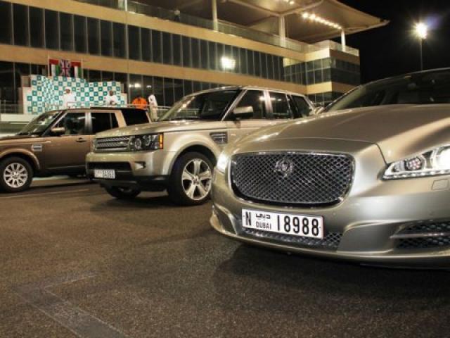 Car LIft Available From Dubai to Abu Dhabi On Daily Basis