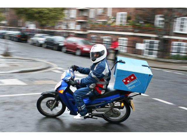 motorcycle delivery driver required in abu dhabi abu dhabi 7emirate best place to buy sell. Black Bedroom Furniture Sets. Home Design Ideas