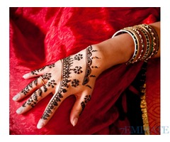Henna Artist Available with Arabic and Asian Designs