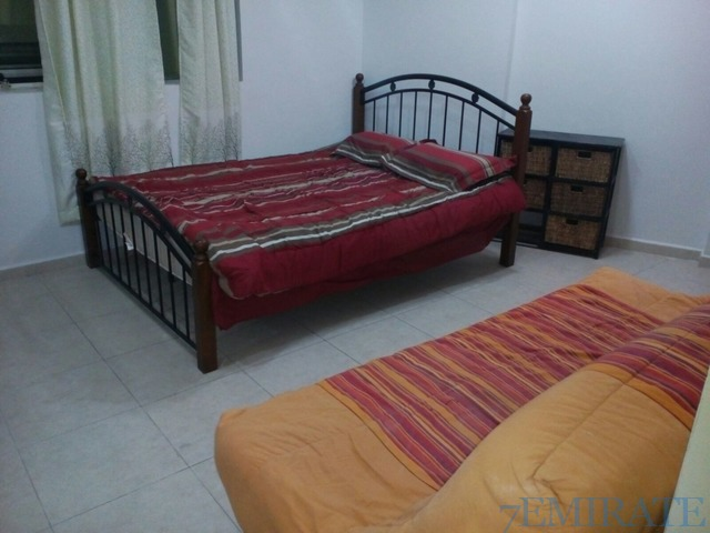 Furnished Bedroom 5 mins walk to Metro Station and MOE