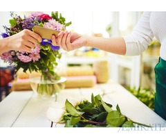 Florist Required for a Fresh Flowers shop in Dubai