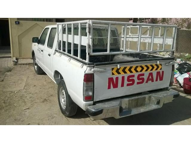 Nessan Pikup 2007 for Sale in Ajman