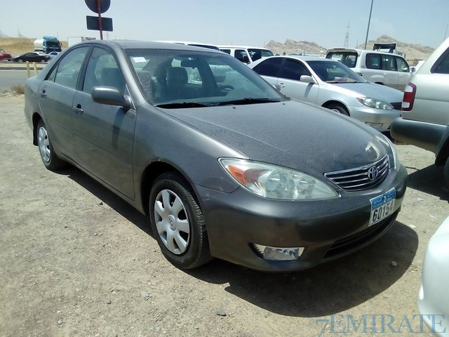 toyota camry 2 4 model 2004 for sale in al ain dubai 7emirate best place to buy sell and. Black Bedroom Furniture Sets. Home Design Ideas