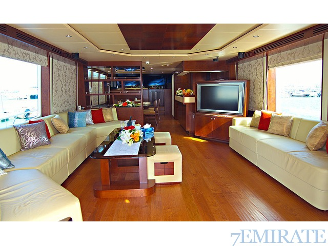 Yachts and Boats Rental in Dubai