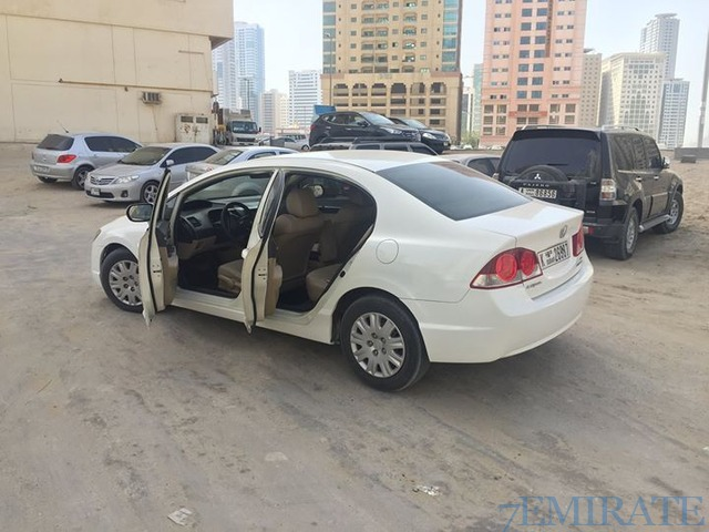 honda civic 2007 for sale in dubai dubai 7emirate best place to buy sell and find job ads in. Black Bedroom Furniture Sets. Home Design Ideas