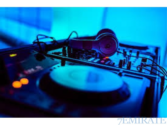 Professional Dj Services with speakers and lights for hire